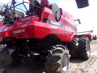 Detail photo of 2014 Case IH 9230 from Construction Equipment Guide