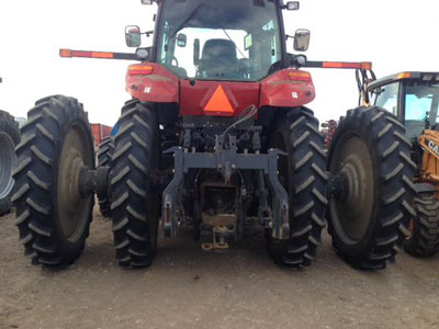 Detail photo of 2013 Case IH MAG340 from Construction Equipment Guide
