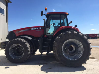 Detail photo of 2014 Case IH MAG340 from Construction Equipment Guide