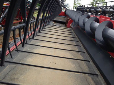 Detail photo of 2014 Case IH 3152-35 from Construction Equipment Guide