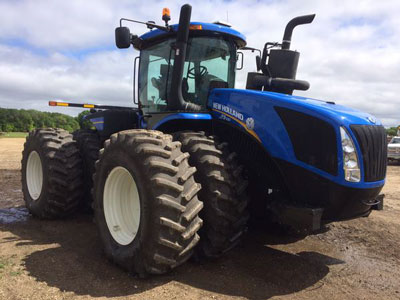 Detail photo of 2015 New Holland T9.530 from Construction Equipment Guide