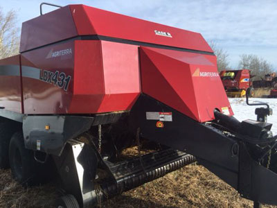 Detail photo of 2003 Case IH LBX431 from Construction Equipment Guide