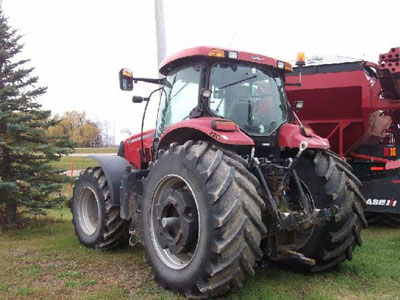 Detail photo of 2011 Case IH PUMA215 from Construction Equipment Guide