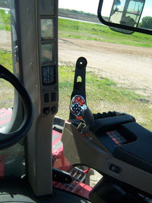 Detail photo of 2015 Case IH 420W from Construction Equipment Guide