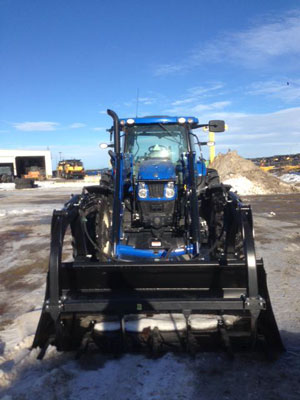 Detail photo of 2015 New Holland T6.165 from Construction Equipment Guide