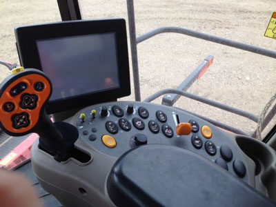 Detail photo of 2011 Case IH 7120 from Construction Equipment Guide