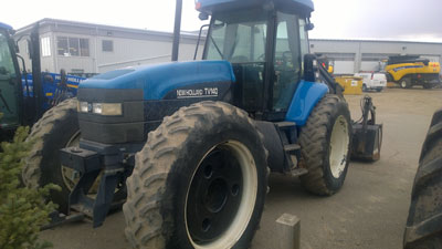 Detail photo of 1999 New Holland TV140 from Construction Equipment Guide