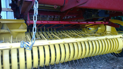 Detail photo of 2008 New Holland BR7060 from Construction Equipment Guide