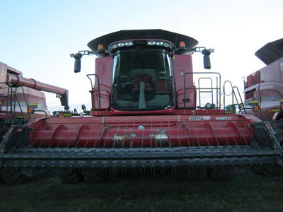 Detail photo of 2016 Case IH 9240 from Construction Equipment Guide