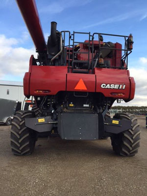 Detail photo of 2016 Case IH 7240 from Construction Equipment Guide