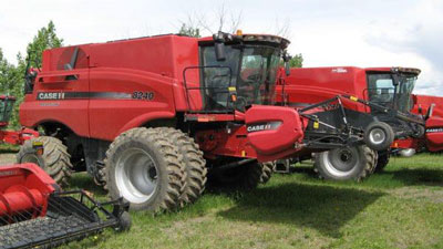 Detail photo of 2015 Case IH 8240 from Construction Equipment Guide