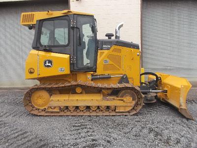 Detail photo of 2015 John Deere 550K from Construction Equipment Guide