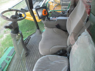 Detail photo of 2012 John Deere S680 from Construction Equipment Guide