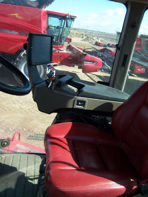 Detail photo of 2015 Case IH 620Q from Construction Equipment Guide