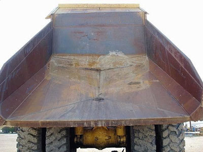Detail photo of 1995 Caterpillar 777C from Construction Equipment Guide