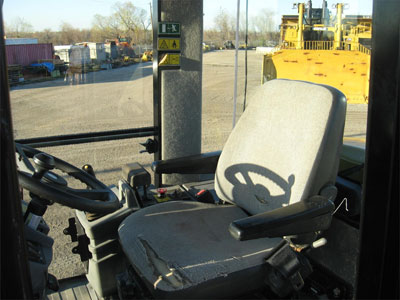Detail photo of 2011 Caterpillar CS56 from Construction Equipment Guide