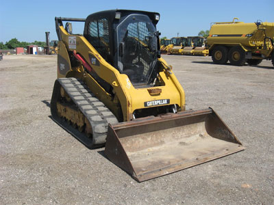 Detail photo of 2010 Caterpillar 299C from Construction Equipment Guide