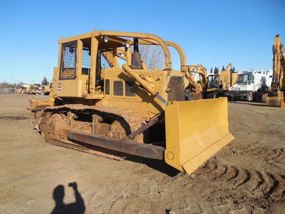 Detail photo of 1980 Caterpillar D6D from Construction Equipment Guide