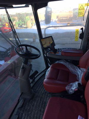 Detail photo of 2016 Case IH 8240 from Construction Equipment Guide