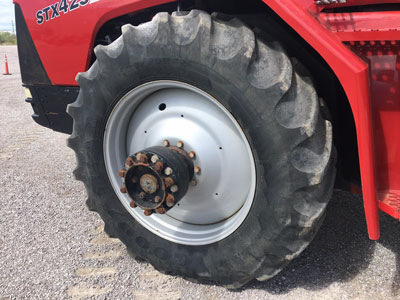 Detail photo of 2004 Case IH STX425 from Construction Equipment Guide