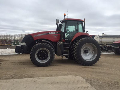 Detail photo of 2014 Case IH MAG260 from Construction Equipment Guide
