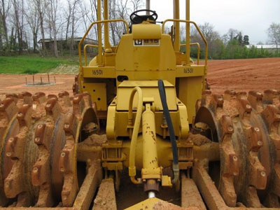 Detail photo of 1975 Caterpillar 815 from Construction Equipment Guide