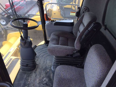 Detail photo of 2008 New Holland CR9060 from Construction Equipment Guide