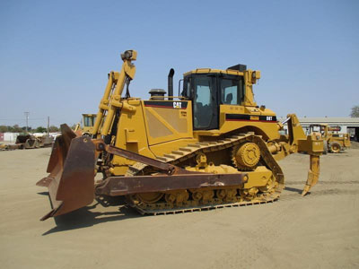 Detail photo of 2008 Caterpillar D8T from Construction Equipment Guide