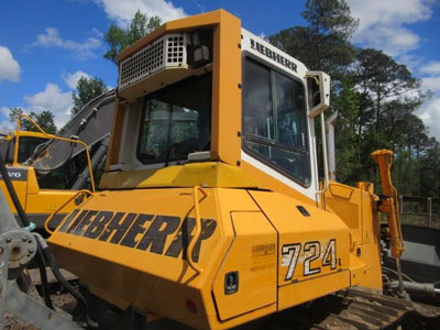Detail photo of 2006 Liebherr PR724 from Construction Equipment Guide