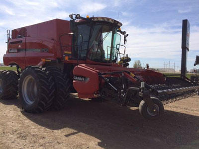 Detail photo of 2017 Case IH 8240 from Construction Equipment Guide
