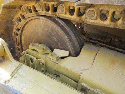 Detail photo of 1976 Caterpillar D8K from Construction Equipment Guide