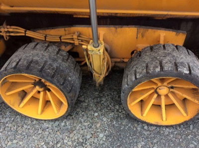 Detail photo of 2004 Blaw Knox PF2181 from Construction Equipment Guide