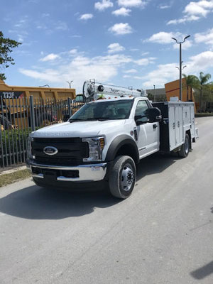 2017 FORD F-550XL Super Duty-DEMO 4X4 A