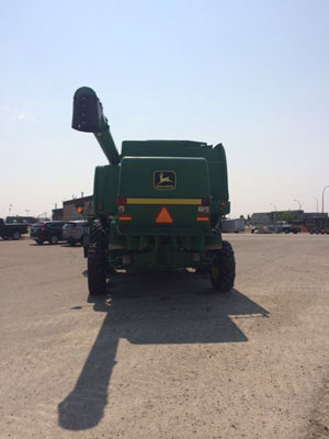 Detail photo of 2000 John Deere 9650 from Construction Equipment Guide