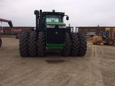 Detail photo of 2014 John Deere 9560R from Construction Equipment Guide