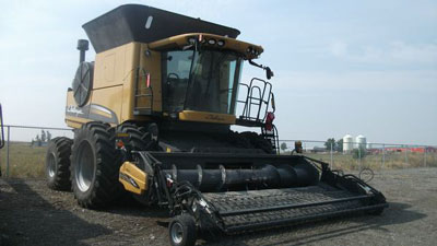 Detail photo of 2011 AGCO 670B from Construction Equipment Guide