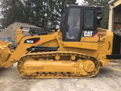 Detail photo of 2009 Caterpillar 963D from Construction Equipment Guide