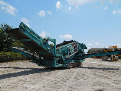 2010 POWERSCREEN WARRIOR 1800