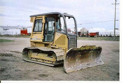 Detail photo of 2000 John Deere 650H LGP from Construction Equipment Guide