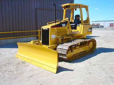 Detail photo of 2002 Caterpillar D3G LGP from Construction Equipment Guide