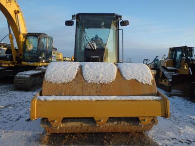 Detail photo of 2011 Caterpillar CS56 from Construction Equipment Guide