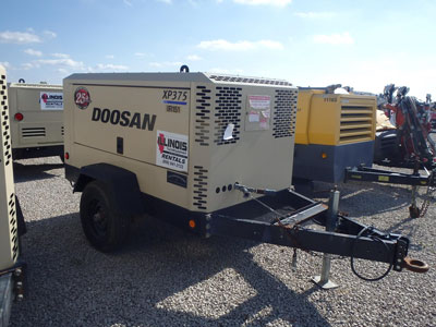 Detail photo of 2012 Doosan XP375WCU from Construction Equipment Guide