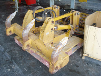 CATERPILLAR D5G / D4G/ D3G, REAR RIPPER