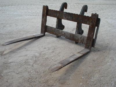 CATERPILLAR930G/420D IT Pallet Forks, 53