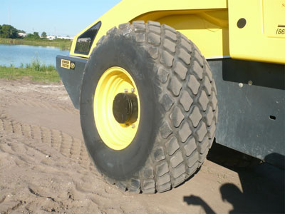 Detail photo of 2012 Bomag BW211D from Construction Equipment Guide
