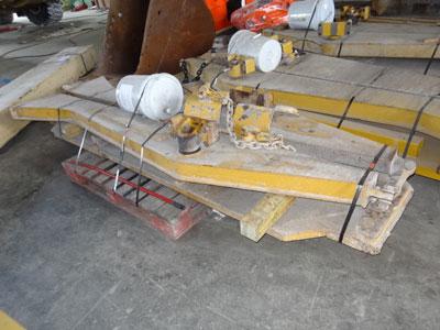 CATERPILLAR725 Tailgate