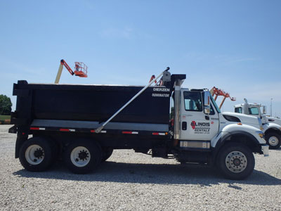 Detail photo of 2008 International 7400 from Construction Equipment Guide