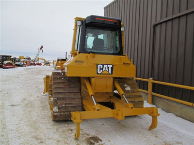 Detail photo of 2006 Caterpillar D5N from Construction Equipment Guide