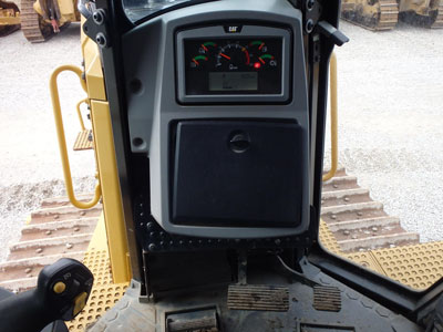 Detail photo of 2011 Caterpillar D8T from Construction Equipment Guide