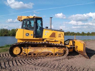 Detail photo of 2010 John Deere 850J LGP from Construction Equipment Guide